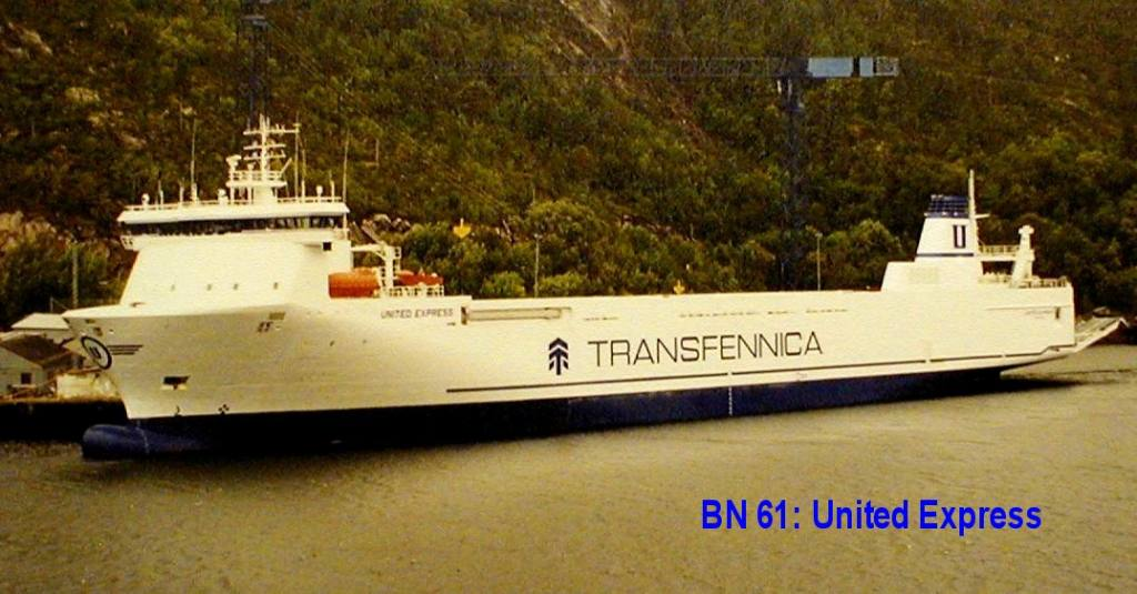 BN61_United Express